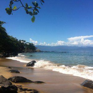 capa-praias-em-ilhabela (1)